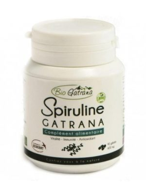 La spiruline reconnue comme l'algue miracle est un super aliment qui se caractérise par sa concentration en protéine, vitamines, minéraux, oligo-éléments, acides gras essentiels et antioxydants et pauvre en calories.