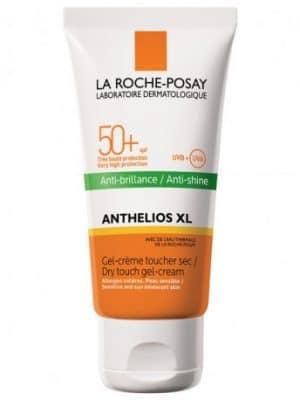 Protection solaire avec un toucher sec pour peaux mixtes ou grasses.