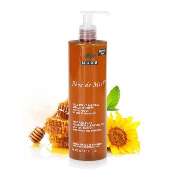 Ce gel douche surgras visage et corps prend soin quotidiennement des peaux sèches et sensibles en respectant son film hydro-lipidique.